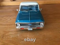 ACME 1/18 model car Highway 61 1971 Chevrolet C10 Limited Edition RETIRED CHEVY