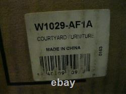 American Girl Courtyard Furniture Limited Edition Retired New in Box