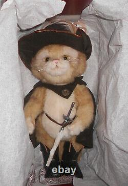 Charlie Bears EN GARDE Isabelle Lee 2017 Collection Limited Edition ONLY 350