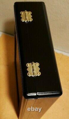 Nora Fleming Rare Lot Ltd. Edition, Retired. Minis in Keepsake Box EUC