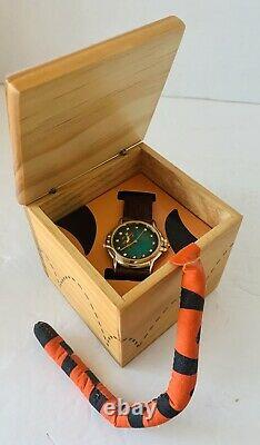 Retired NEW WDW Disney Fossil Tigger Winnie Limited Edition Watch COA 1080/2000